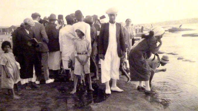 1920s_Tel_Aviv_Jews_before_Rosh_Hashanah