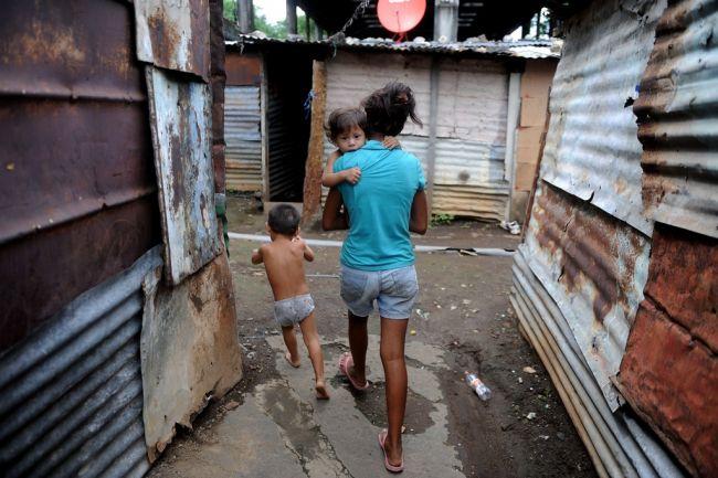 nicaragua_poverty_2012_06_21