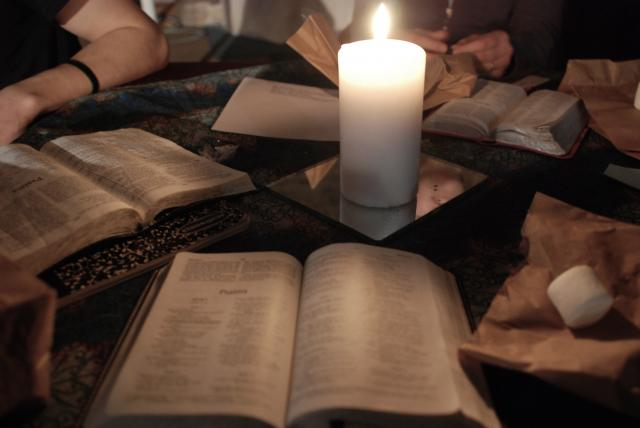 bible_study_candlelight