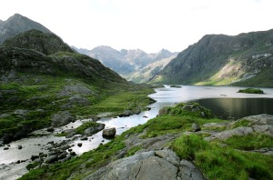 trekking cuillin_mountains_scotland