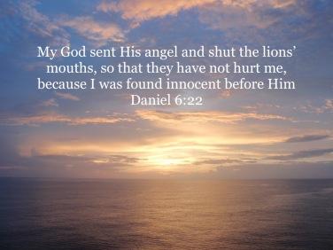 Daniel 6:22